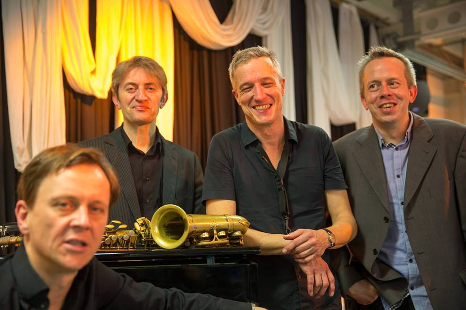 Jazz Marcel Wasseruhr